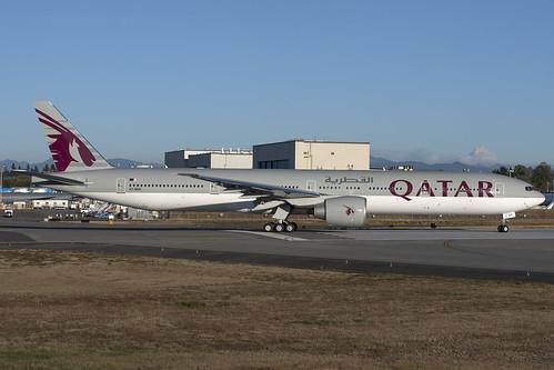 Qatar Airways Boeing 777-300ER A7-BEK