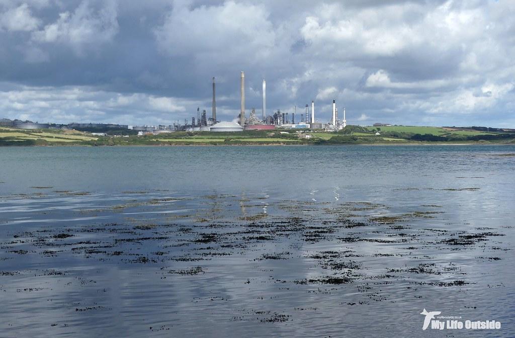 P1100826 - Pembroke Refinery