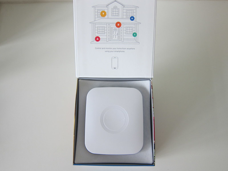 SmartThings V2 Hub (UK) - Box Open
