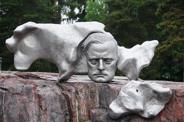 Sibelius monument., Nikon D300, AF-S DX VR Zoom-Nikkor 18-200mm f/3.5-5.6G IF-ED [II]