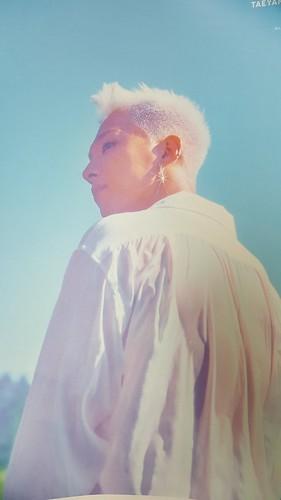 Taeyang WHITE NIGHT POSTER (2)
