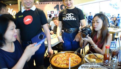 Pizza Hut SM MOA (25)