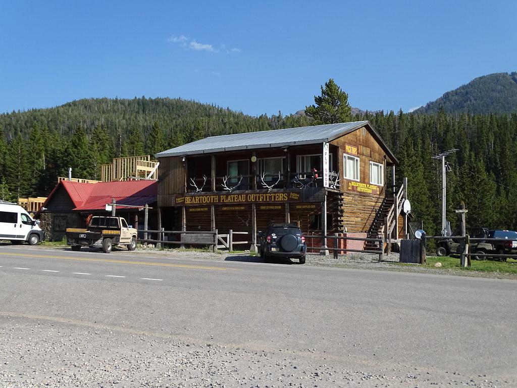 cooke city yellowstone country montana tripcarta