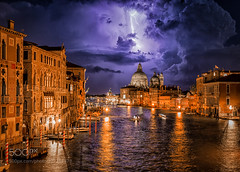 Thunder in Venezia on Ratno Wistu's Flickr