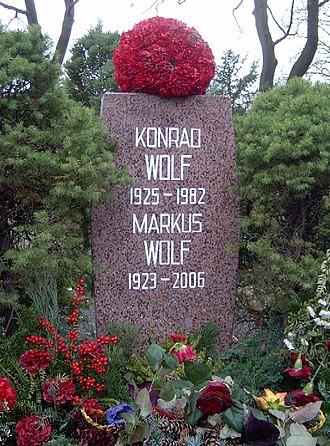 markus_konrad_wolf_tomb