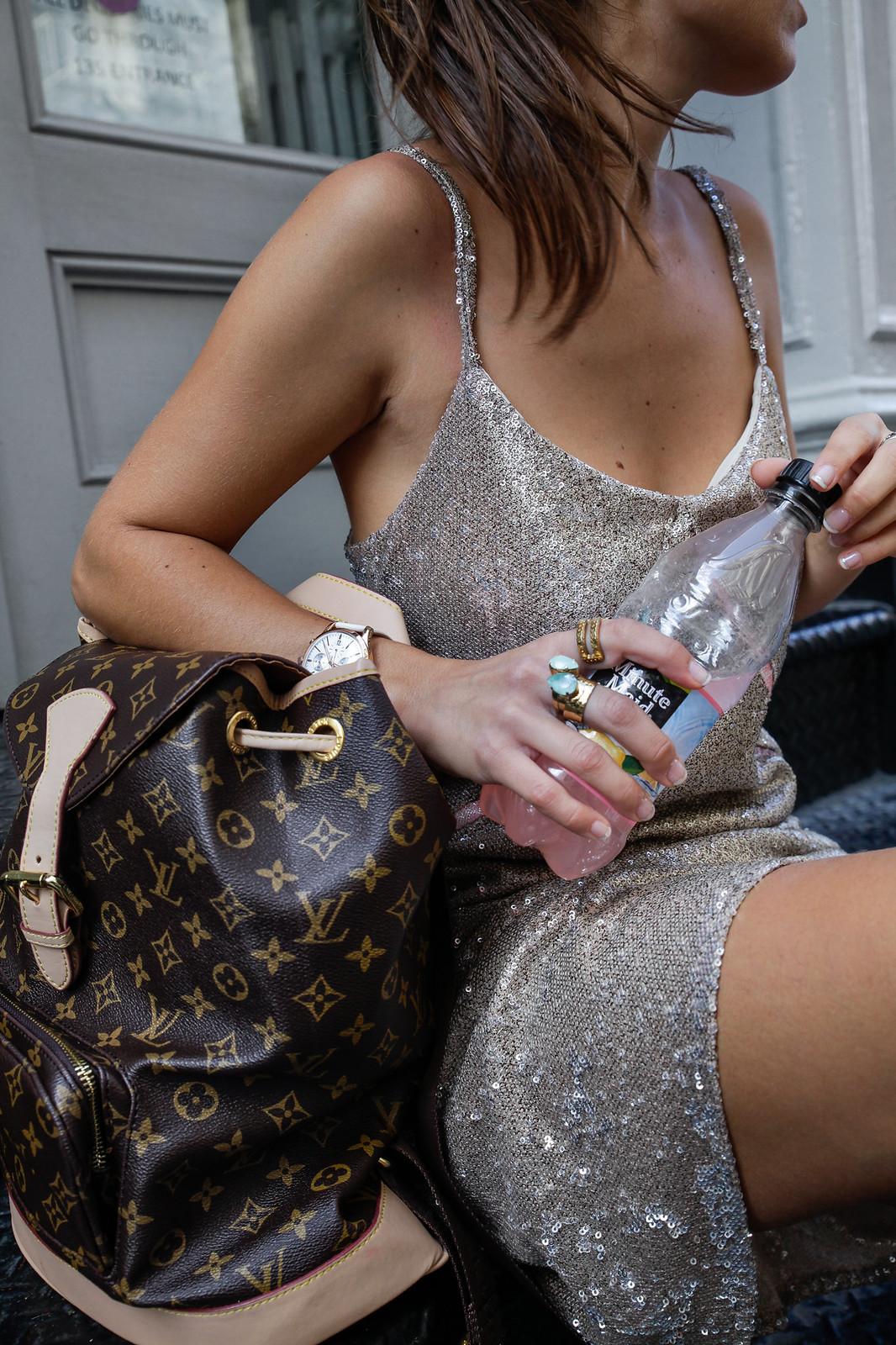 07_vestido_lentejuelas_casual_look_theguestgirl_nyc_fashion_show