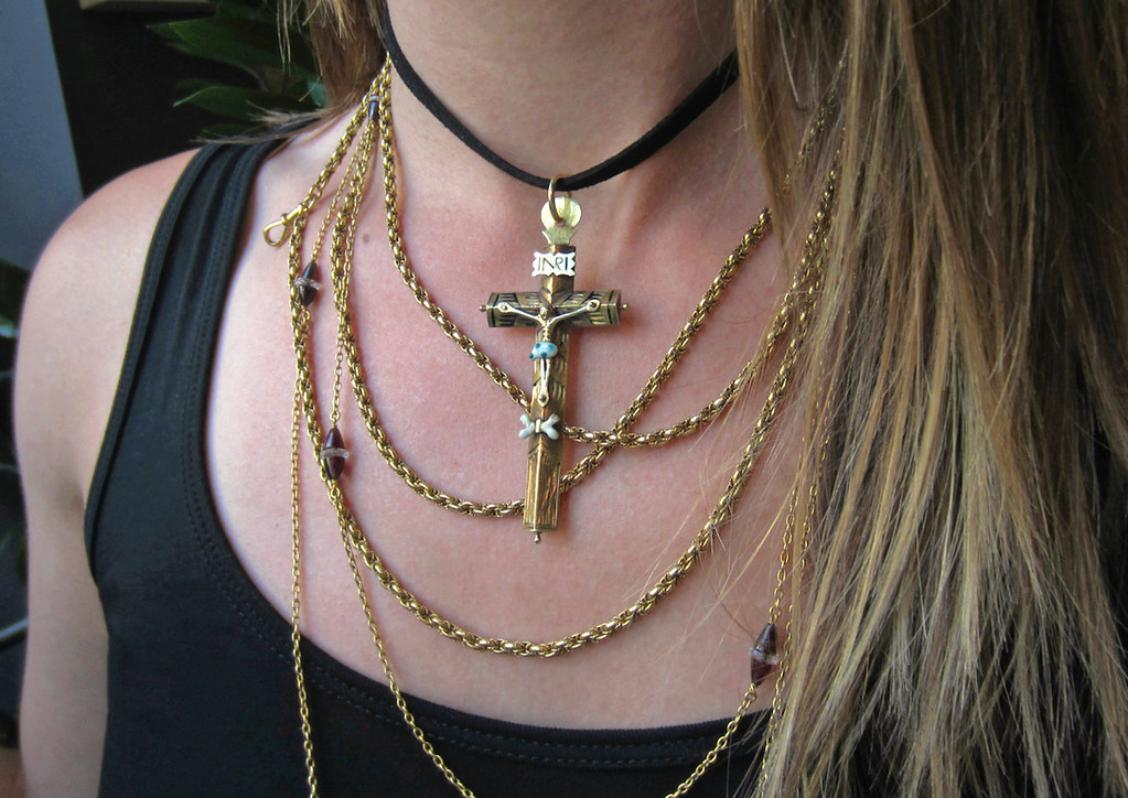 4 doyle doyle antique spanish gold crucifix choker long gold chains