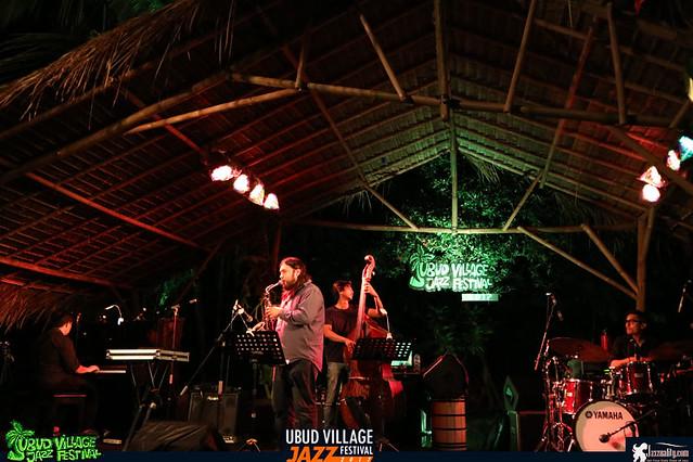 UbudVillageJazzFestival2017-SandyWinarta (2)
