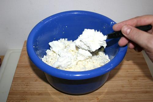 37 - Quark in Schüssel geben / Put curd in bowl