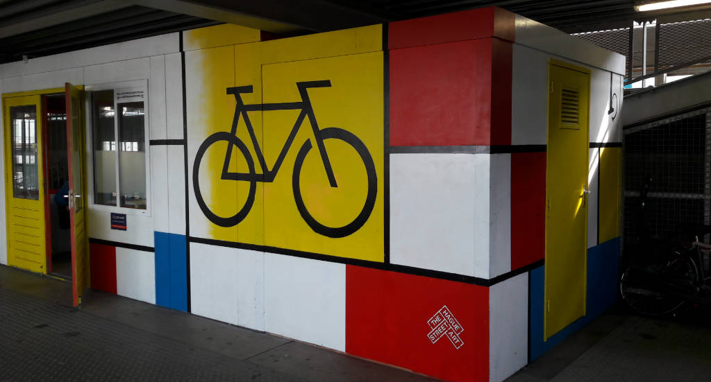 Street art in The Hague: inspired by De Stijl | Your Dutch Guide