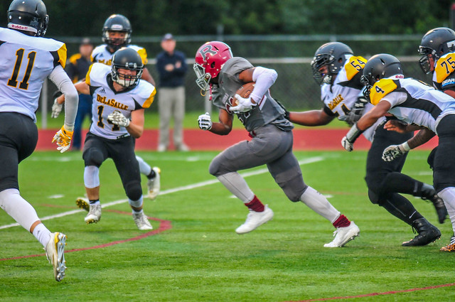 Football 2017 DeLaSalle @ Richfield-240.jpg, Nikon D300S, AF-S Zoom-Nikkor 80-200mm f/2.8D IF-ED