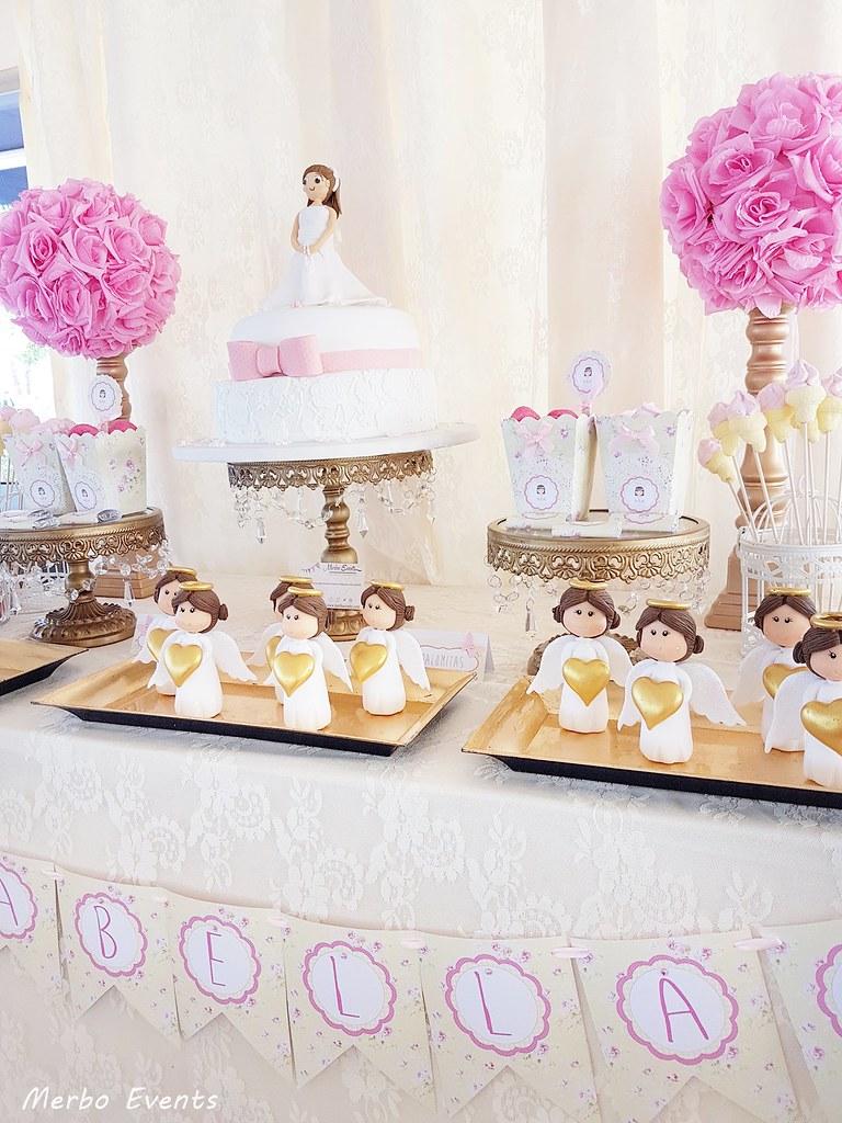 Mesa dulce comunion Niña dorada y rosa MErbo Events