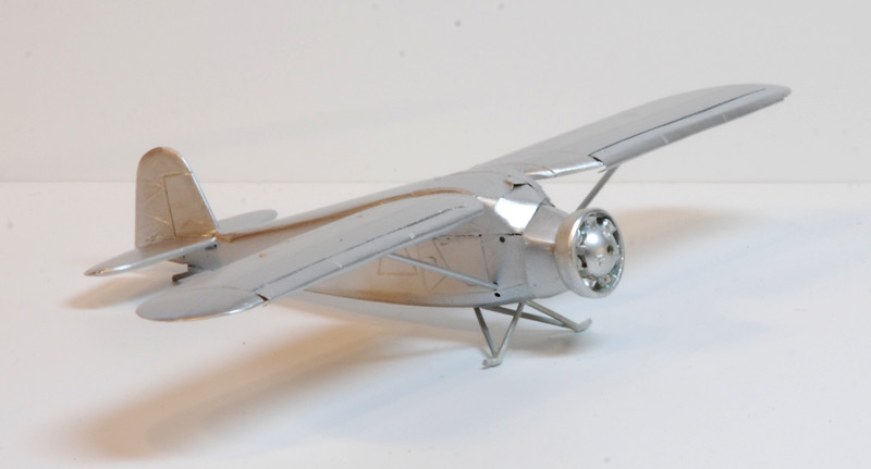 gros moteur et petites ailes... Une petite série de racers... Et un Farman - Page 2 36197564693_948cf6bbac_b