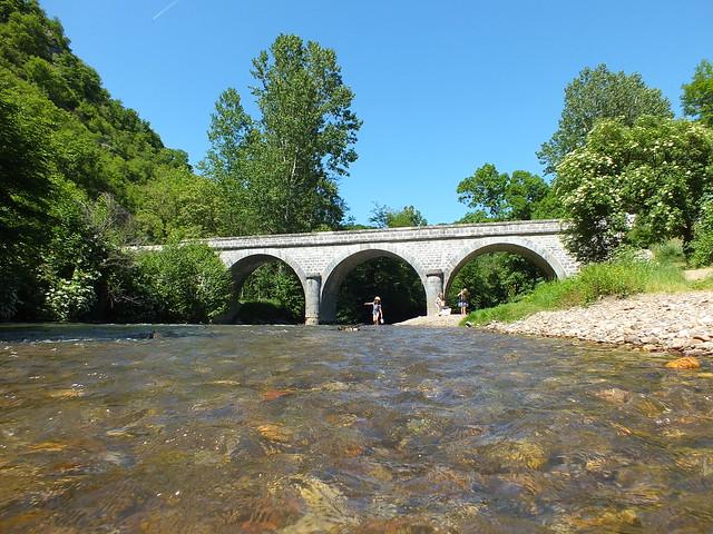 Espagnac-Sainte-Eulalie - Baignade dans le Célé au pont d'Espagnac