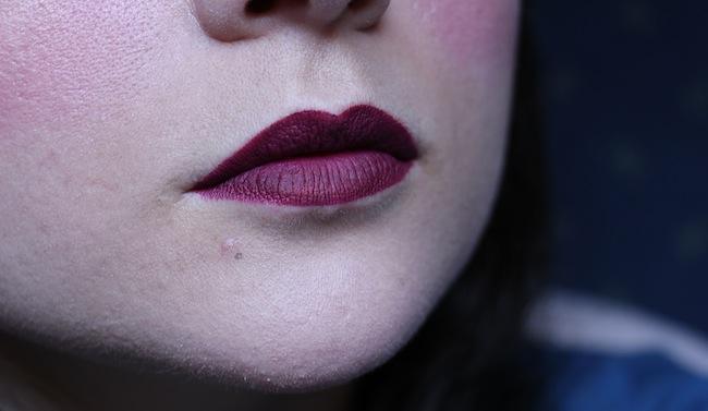 rouges_mat_velvet_the_lipstick_bourjois_beaute_blog_mode_la_rochelle_10