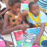 dream-home-kids-play-board-games01