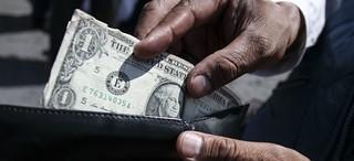 El precio del dólar y las gasolinas este martes 15 de agosto