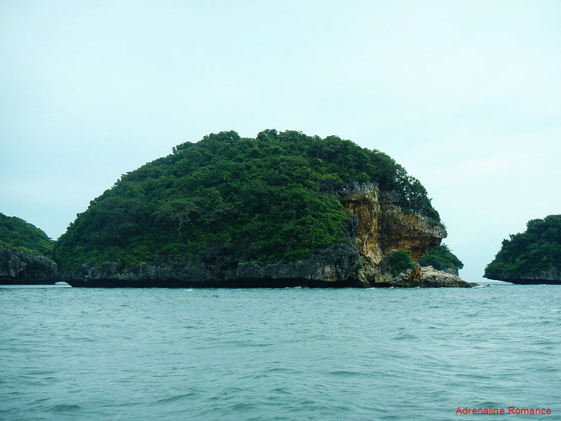 Rocky islets