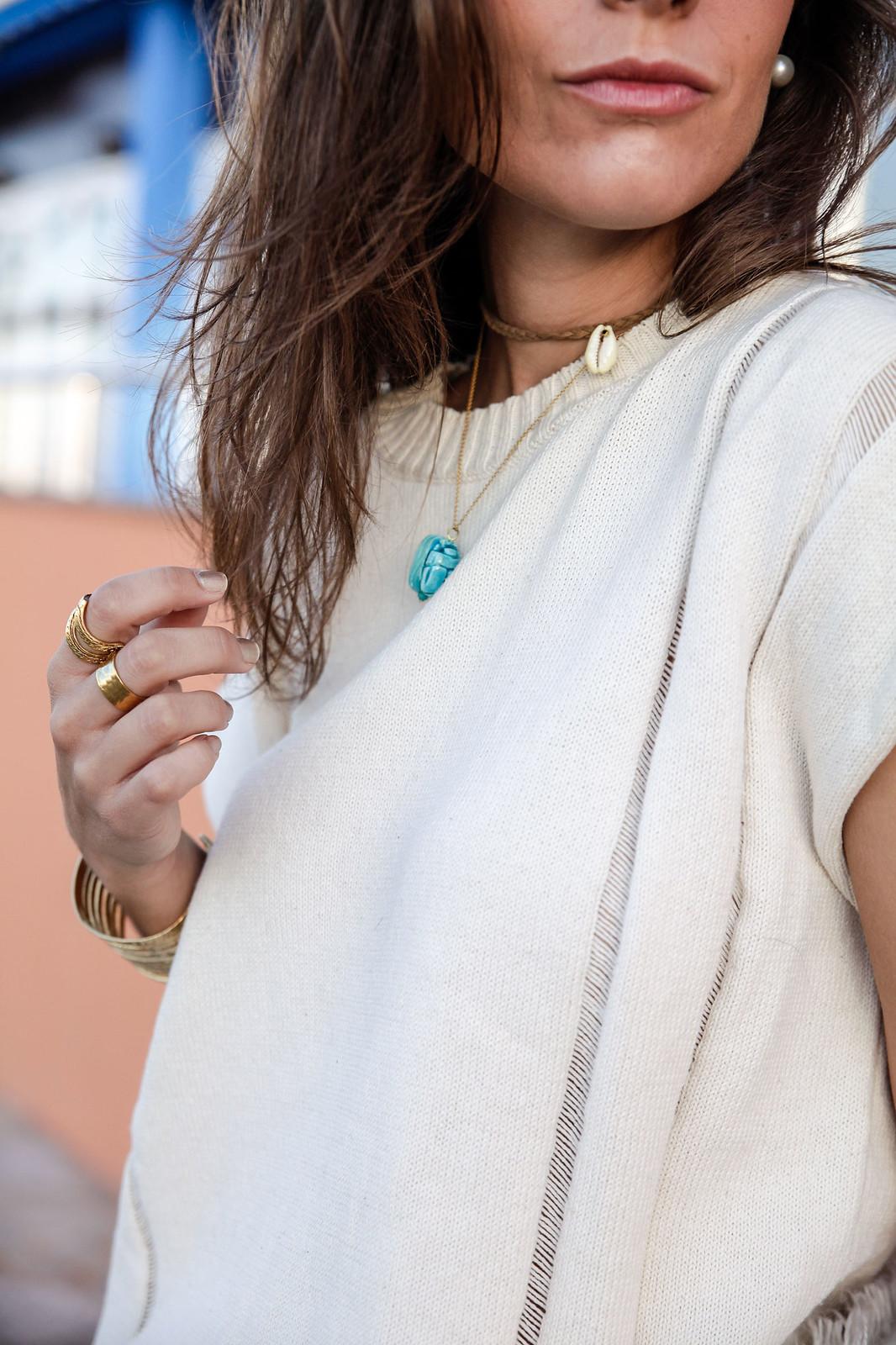 06_blusa_punto_falda_flores_summer_outfit_theguestgirl_rüga_schade_jewels_steve_madden_.magali_pasacal_influencer_barcelona_blogger