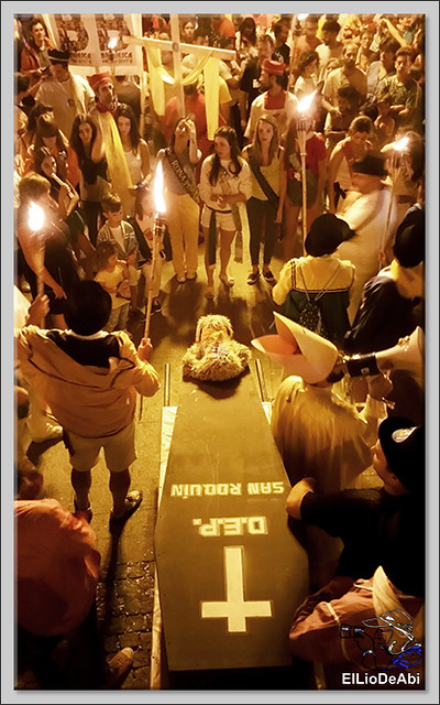 #BriviescaFiestas17 Jira campestre, entierro de San Roquín, subida de Blusas y traca Fin de Fiestas (6)
