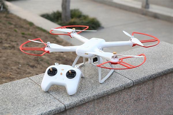 Xiaomi-Mi-Drone-4K-001