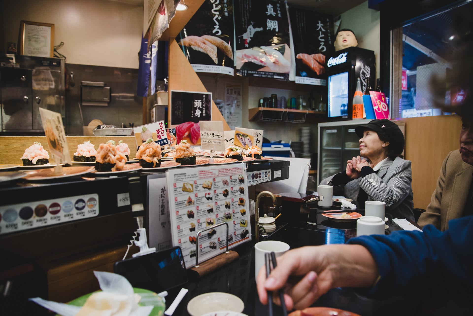 sushi w japonii