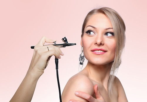 Hair Loss: Cosmetic Solutions For Good Cover Up