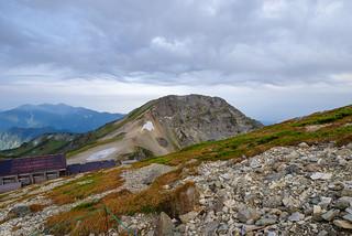 旭岳の頭上に怪しい雲