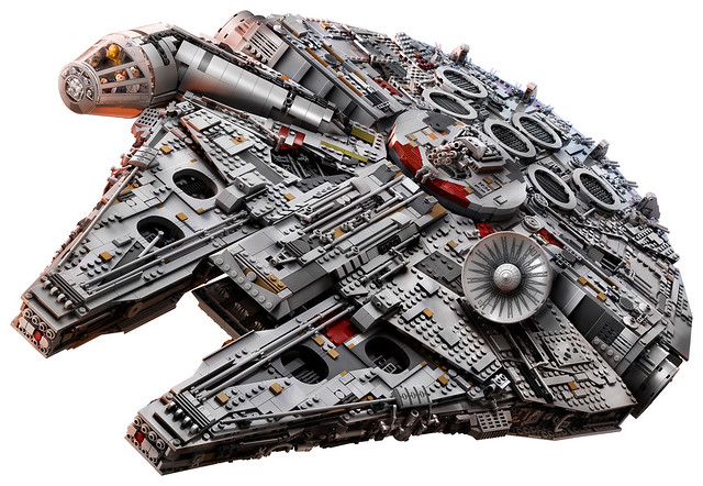 75192 Ultimate Collector Series Millennium Falcon 5