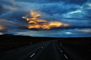 El Ovni y la carretera