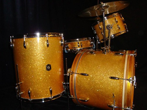 Dandy_strad_gold_kit_02