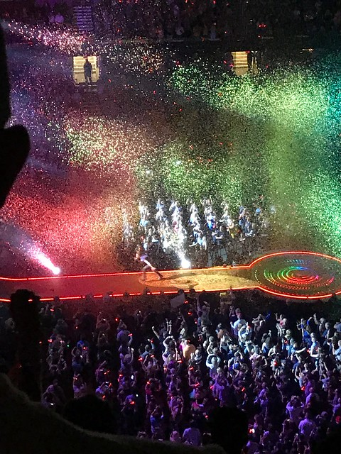 Coldplay Concert in Cleveland 8/19/17