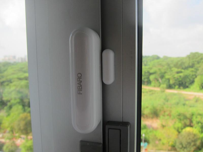 Fibaro Z-Wave Universal Door & Window Sensor 2 Gen5 - Window