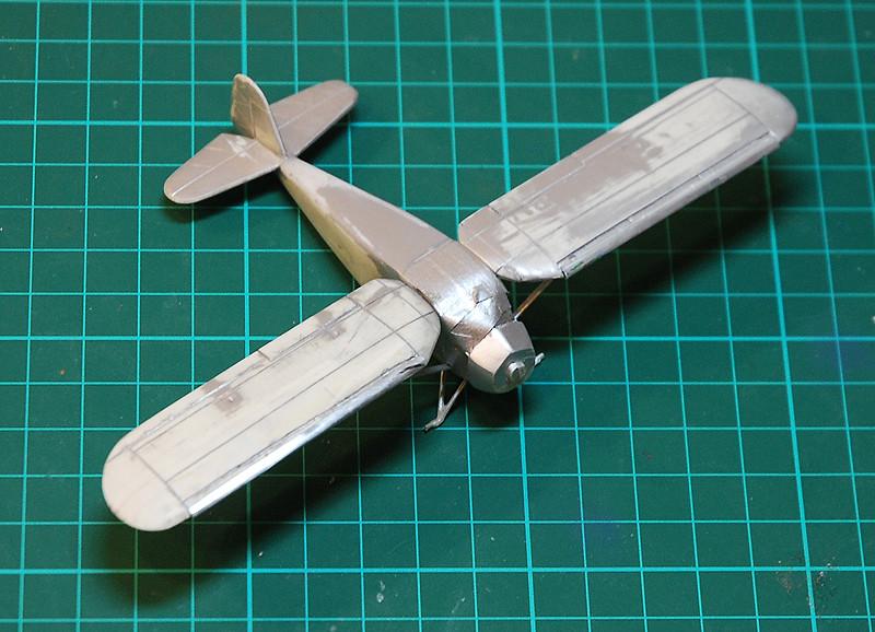gros moteur et petites ailes... Une petite série de racers... Et un Farman - Page 2 36378319203_747a28a416_b