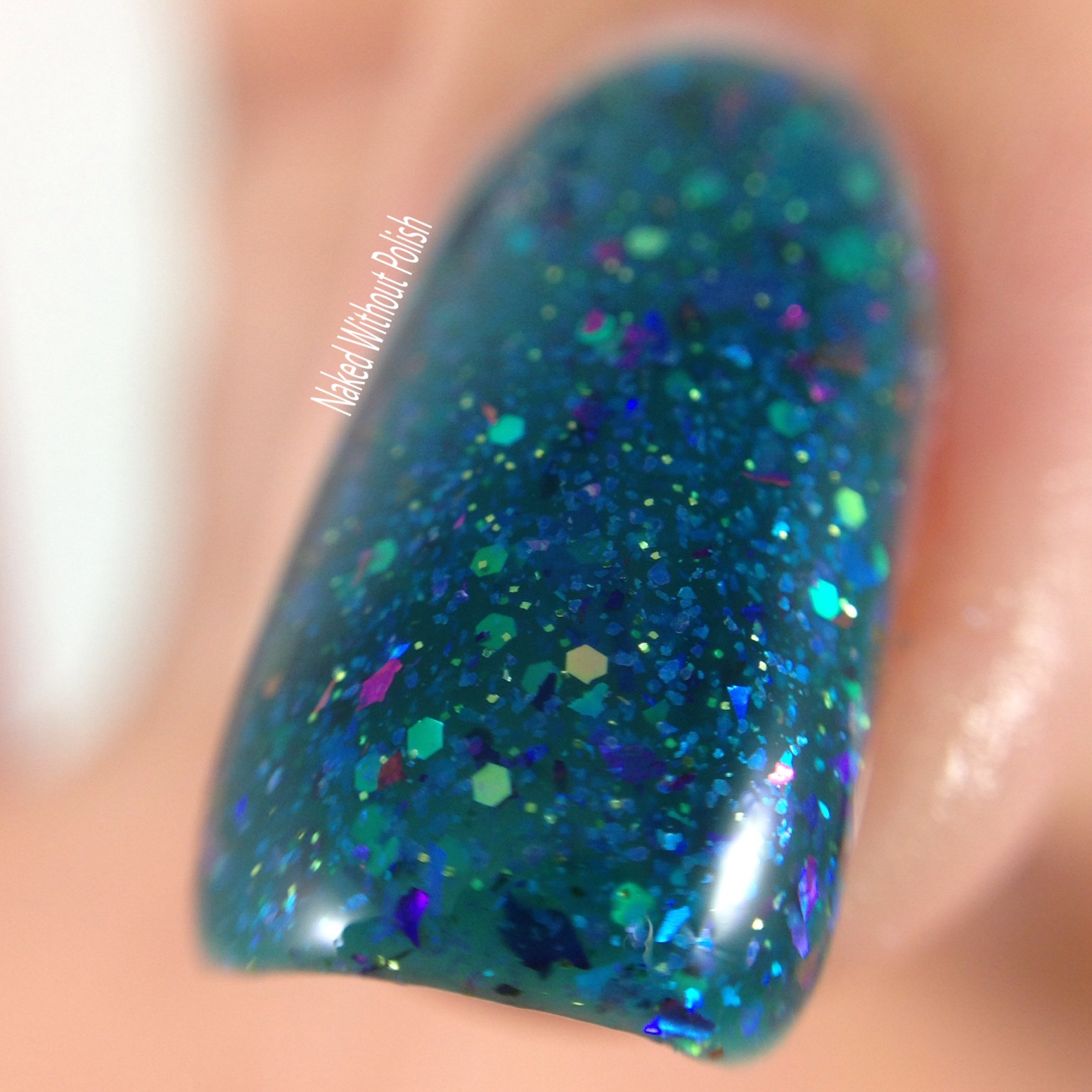 Anchor-and-Heart-Lacquer-Sparkle-On-Darling-5
