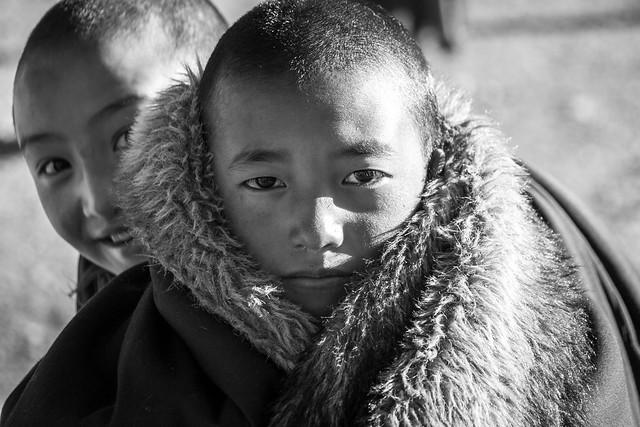 Portrait of young nuns, Yarchen Gar アチェンガルゴンパ 若い尼僧たち