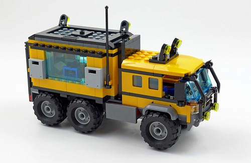 LEGO City Jungle 60160 Jungle Mobile Lab 42