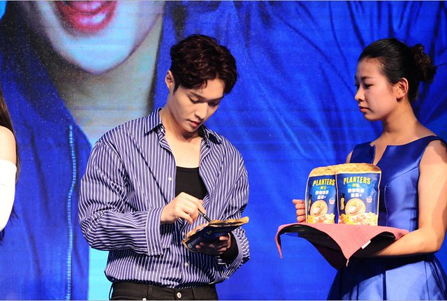 170908 Lay at Planters Fanmeeting