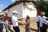 Verifica Gobernador entrega de ayuda humanitaria en la región Frailesca