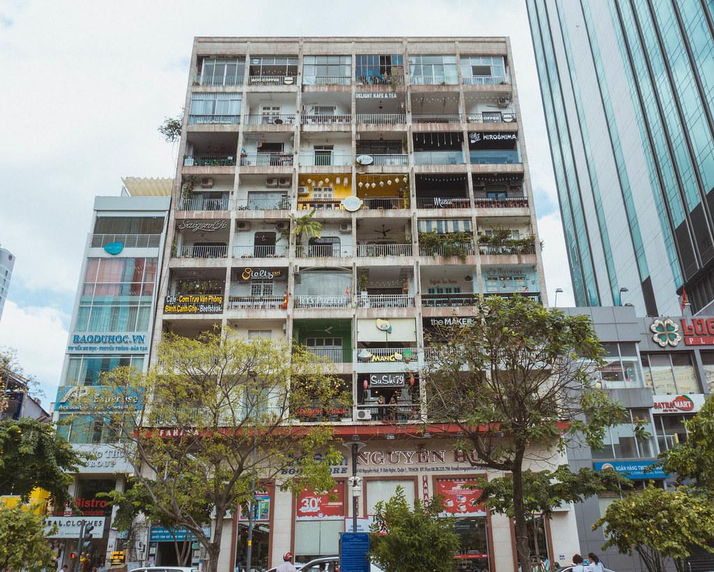 42 nguyen hue Ho Chi Minh City Vietnam Blogger Travel Guide