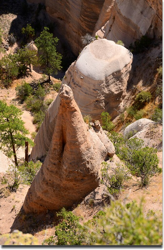Above the tent rocks, seen from the upper part of the Slot Canyon Trail (16)
