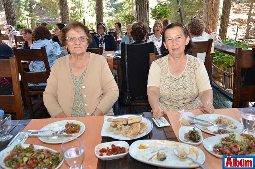 Feriha Çolak, Nuray Tuna