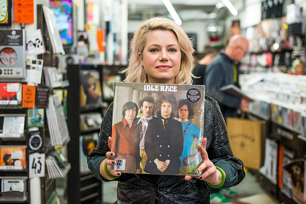 Mary Epworth Record Shopping For The 405