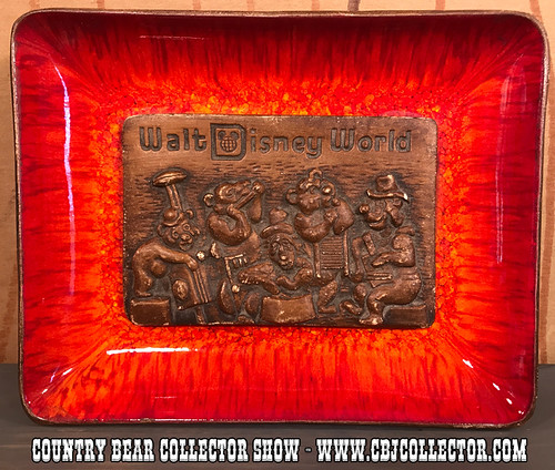 Vintage 1970s Walt Disney World Country Bear Tray - Country Bear Collector Show #114