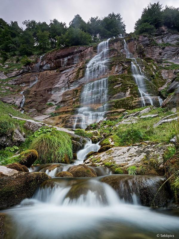 Randonnée Cascade Pista 36393684826_5822e6bb91_c