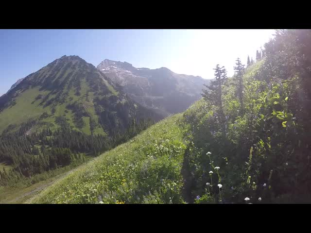 1331 GoPro panorama video from the side of Liberty Cap on the High Pass Trail