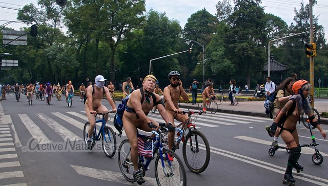 naturist 0028 WNBR World Naked Bike Ride, Mexico