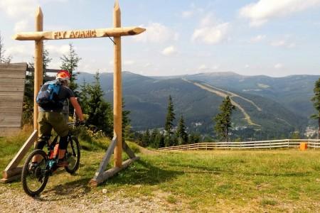 Bike SNOW tour: Špindlerův Mlýn – nově s e-buginami a Fly Agaricem