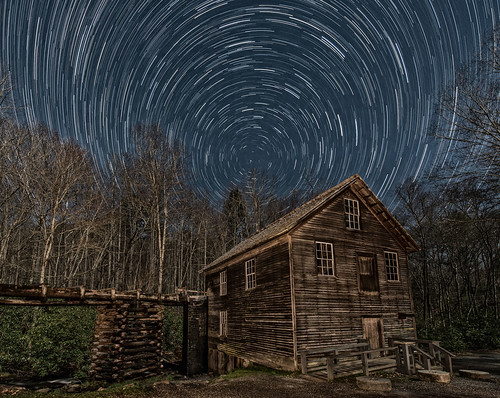 nationalpark northcarolina greatsmokymountains gsmnp historic appalachia night nightscape nightsky gristmill moonlight startrails astronomy stars