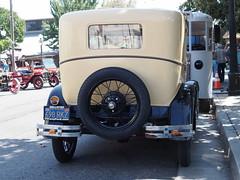 1928-29 Ford Fordor Sedan '698RRZ' 3